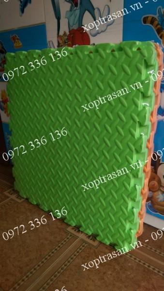 xốp trải sàn xanh cốm